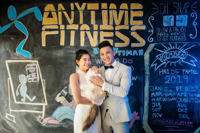 Anytime Fitness Engagement Shoot Singapore by Daniel Sim Photography by The Gown Warehouse - 005