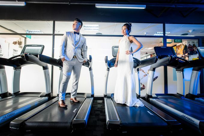 Anytime Fitness Engagement Shoot Singapore by Daniel Sim Photography by The Gown Warehouse - 009