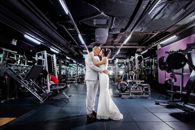 Anytime Fitness Engagement Shoot Singapore by Daniel Sim Photography by The Gown Warehouse - 014