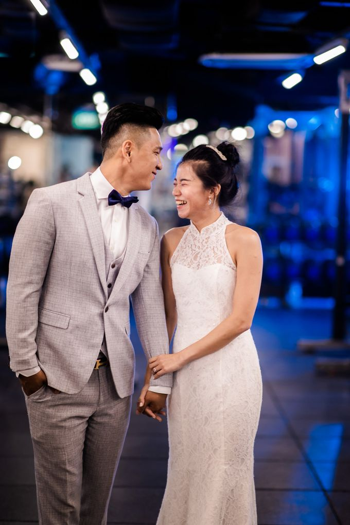 Anytime Fitness Engagement Shoot Singapore by Daniel Sim Photography by The Gown Warehouse - 017