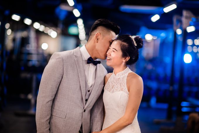 Anytime Fitness Engagement Shoot Singapore by Daniel Sim Photography by The Gown Warehouse - 018