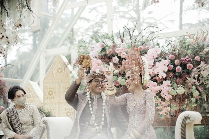 The Wedding of  Irena & Arya by Amorphoto - 016