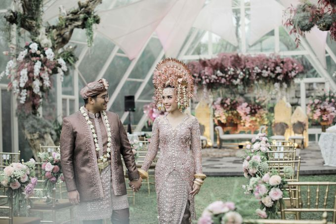 The Wedding of  Irena & Arya by Amorphoto - 017