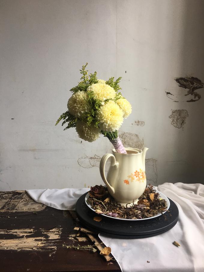 Simple Korean Style Wedding Bouquet by Beyond by Brigita - 001