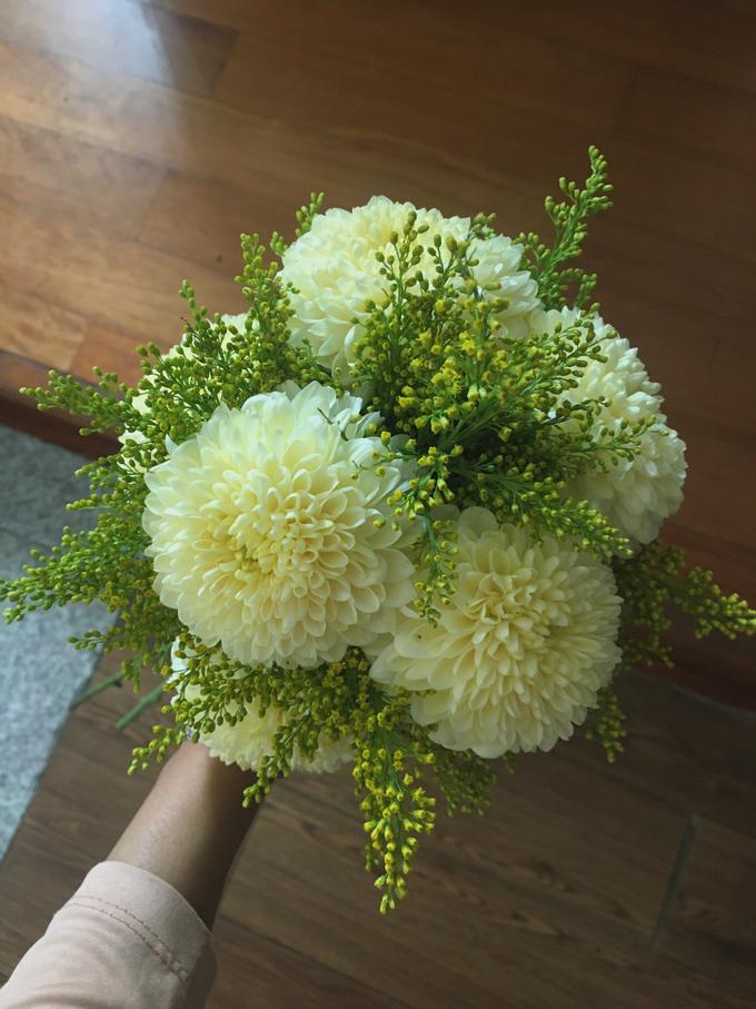 Simple Korean Style Wedding Bouquet by Beyond by Brigita - 003