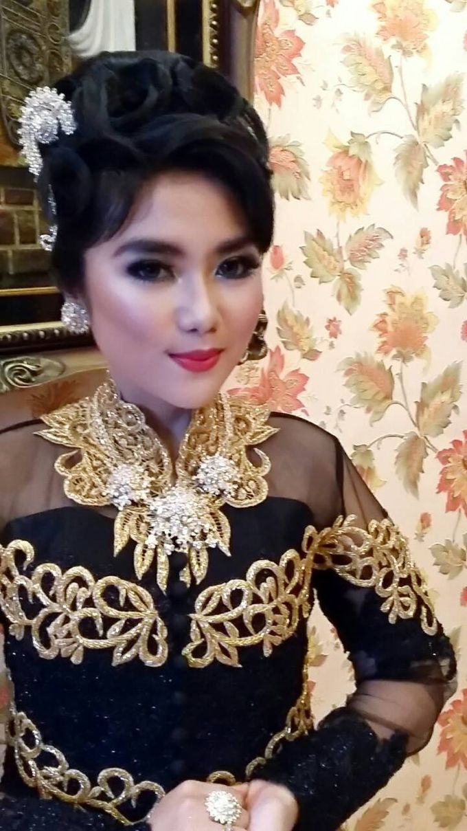 A Dream Come True Wedding by Sanggar Rias Pengantin Shanti Chaidir - 011