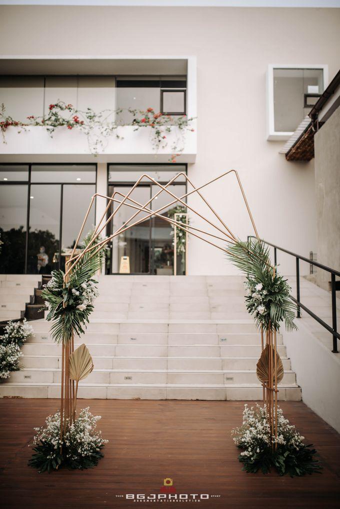 The Wedding of Bella & Syawal di Amana Venue by Decor Everywhere - 024