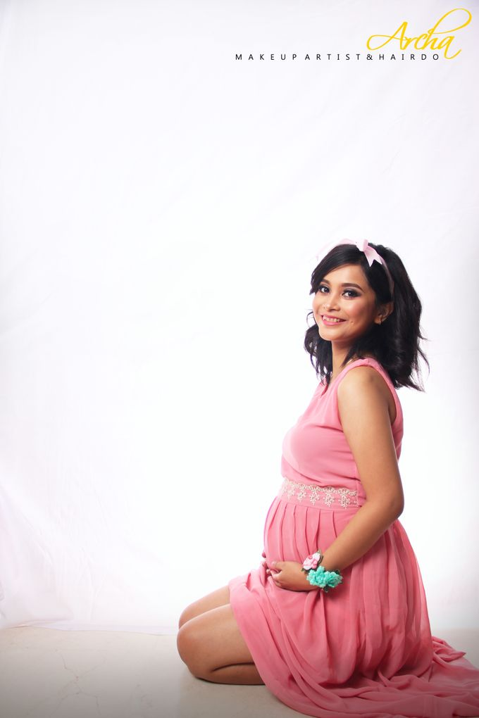 Maternity Photoshoot by Archa makeup artist - 010