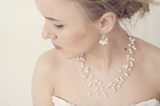 Pearl and crystal jewery for wedding by Weddingbliss - 003