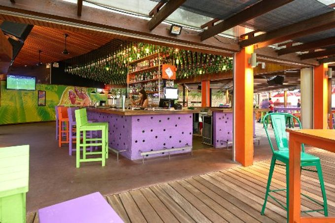 Vibrant venue for your quirky wedding by Bikini Bar - 003