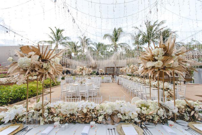 Wedding at The Ritz Carlton Koh Samui Thailand by IAMFLOWER - 015