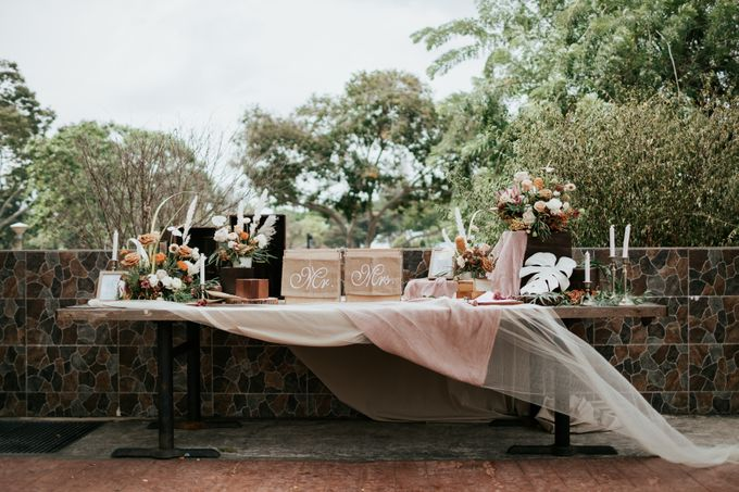 Styled shoot with blissful brides by Bloomwerks - 007