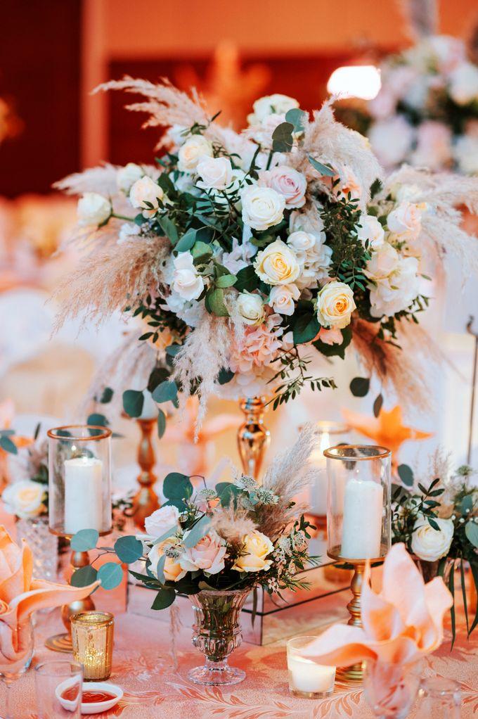 Ashley & Joel - Blush White Wedding by Blissmoment - 001