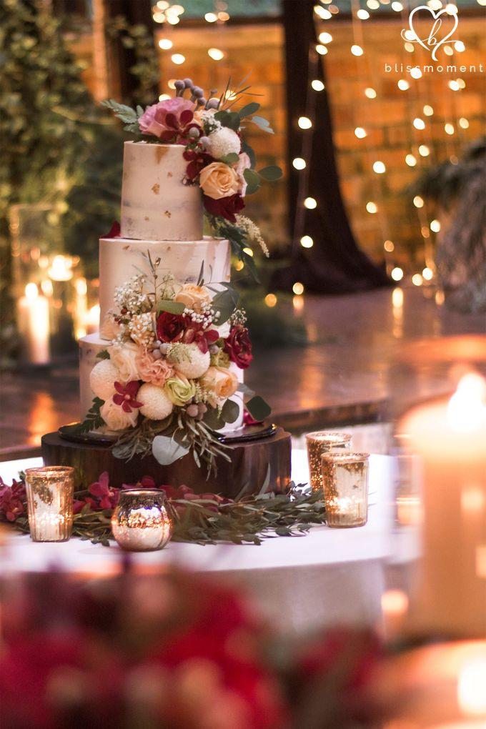 Ivan Amp Kelly Fairylight Amp Rustic Burgundy Wedding By
