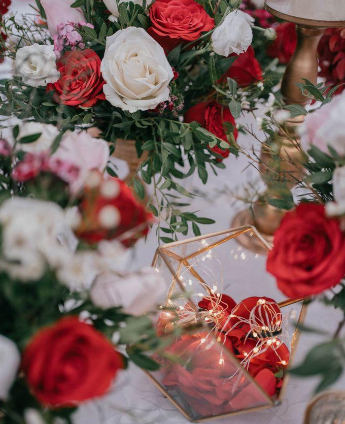Jacky & Jayslyn - Glamorous red & pink canopy wedding by Blissmoment - 004