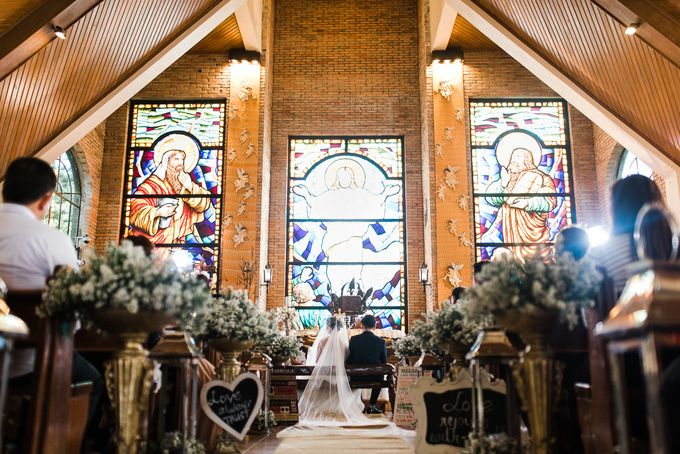 A Romantic and Intimate Wedding in Tagaytay by Jexter Jordan - 018
