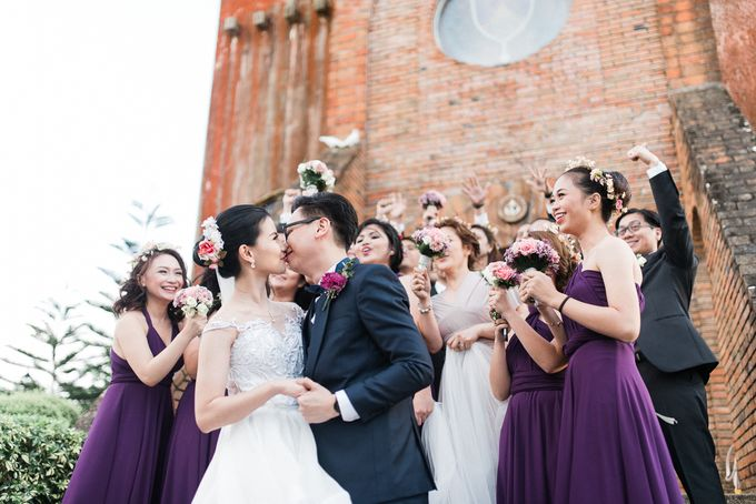 A Romantic and Intimate Wedding in Tagaytay by Jexter Jordan - 019