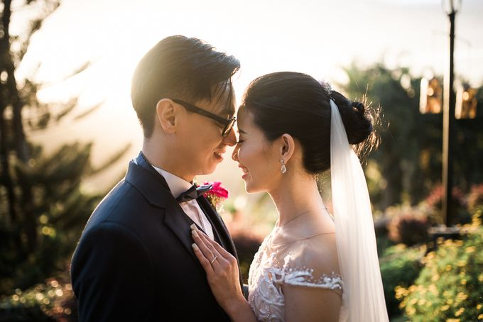 A Romantic and Intimate Wedding in Tagaytay by Jexter Jordan - 022