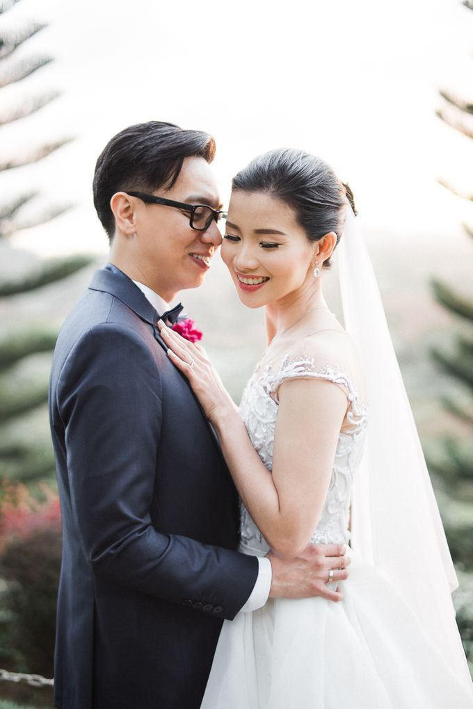 A Romantic and Intimate Wedding in Tagaytay by Jexter Jordan - 026
