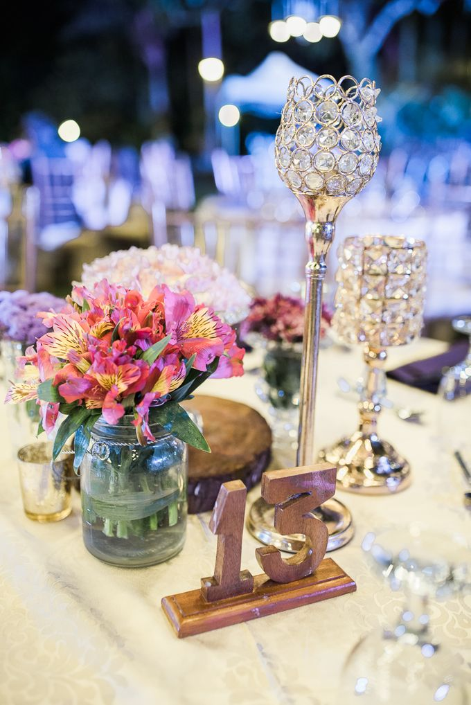A Romantic and Intimate Wedding in Tagaytay by Jexter Jordan - 044