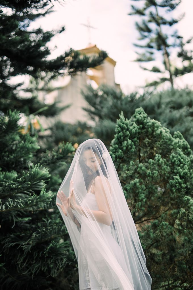 A Romantic and Intimate Wedding in Tagaytay by Jexter Jordan - 012