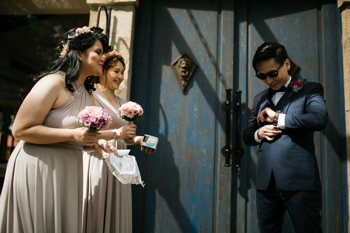 A Romantic and Intimate Wedding in Tagaytay by Jexter Jordan - 021