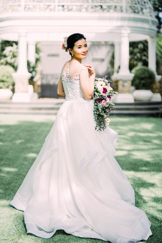 A Romantic and Intimate Wedding in Tagaytay by Jexter Jordan - 034