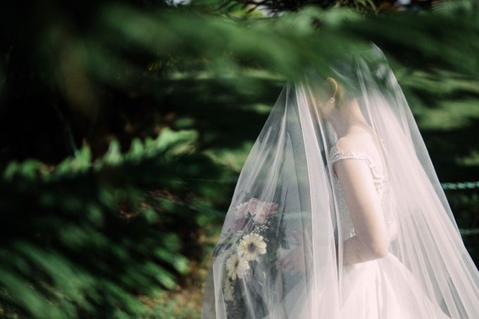A Romantic and Intimate Wedding in Tagaytay by Jexter Jordan - 037