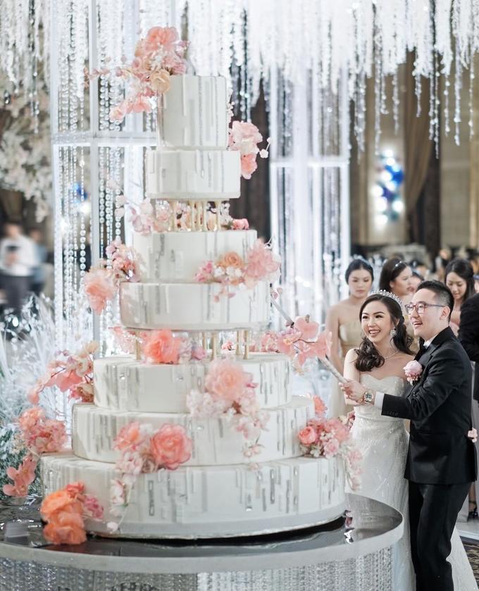 The wedding of herry & carrol by Hotel Indonesia Kempinski Jakarta - 009