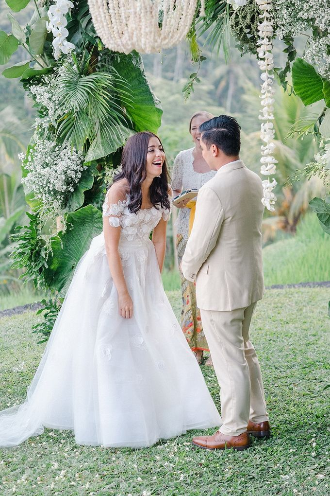 TAMARA & LUCKY  ELEGANCE IN THE RICE FIELDS by Bloomz Flower Bali - 001