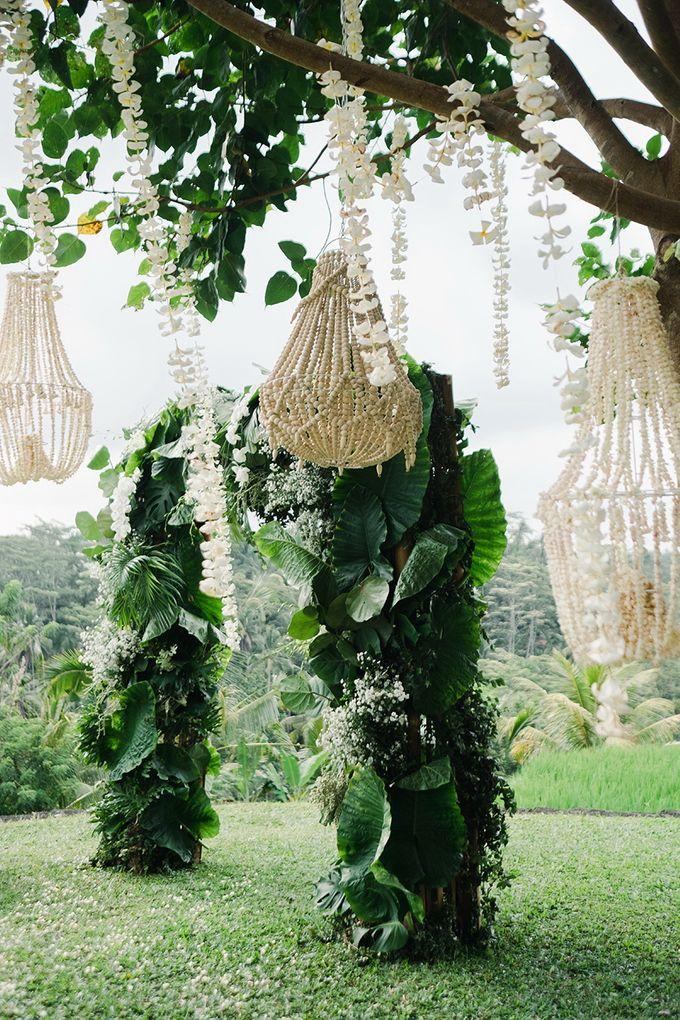 TAMARA & LUCKY  ELEGANCE IN THE RICE FIELDS by Bloomz Flower Bali - 003