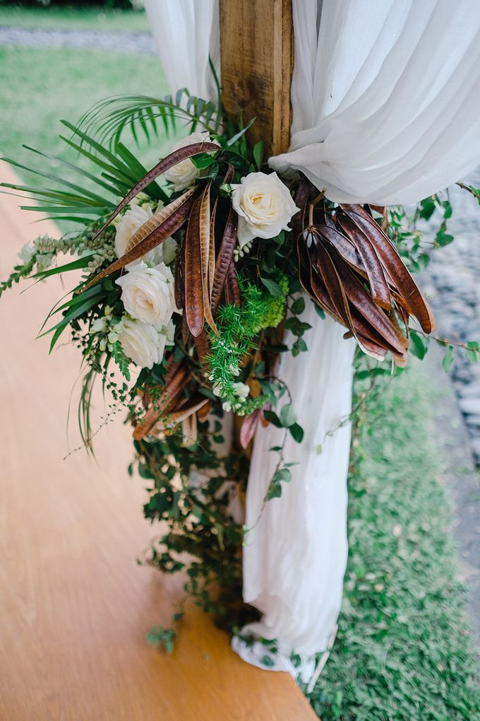 TAMARA & LUCKY  ELEGANCE IN THE RICE FIELDS by Bloomz Flower Bali - 007