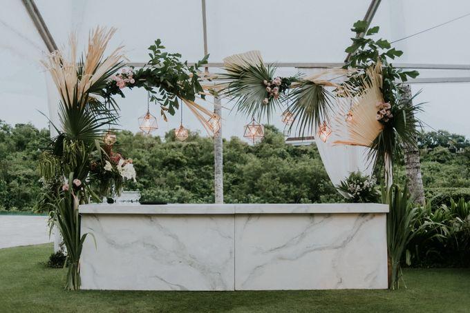 BOHEMIAN ELEGANCE | Bloomz Flower Bali | Bridestory