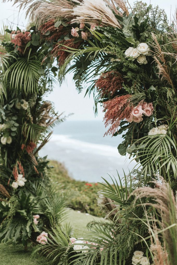 BOHEMIAN ELEGANCE by Bloomz Flower Bali - 005