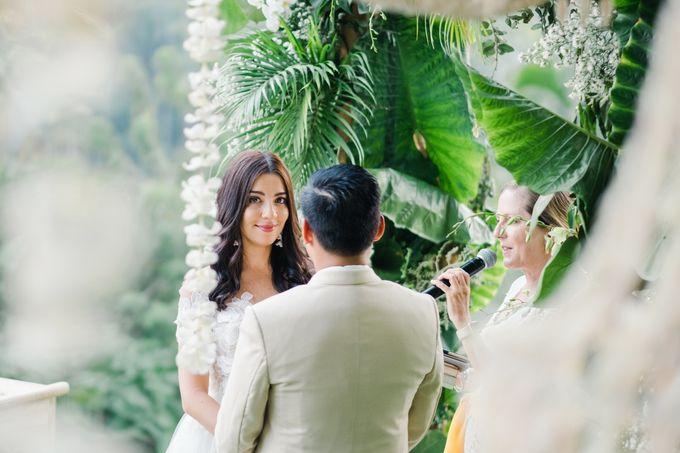 TAMARA & LUCKY  ELEGANCE IN THE RICE FIELDS by Bloomz Flower Bali - 010