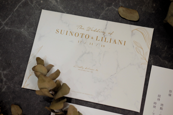 Suinoto & Liliani Marble Wedding Invitation by Bluebelle Invitations - 004