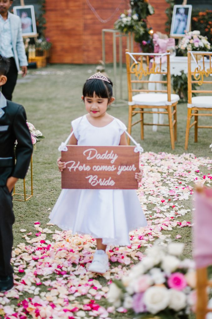 The Wedding of David & Clodia by Miracle Wedding Bali - 008