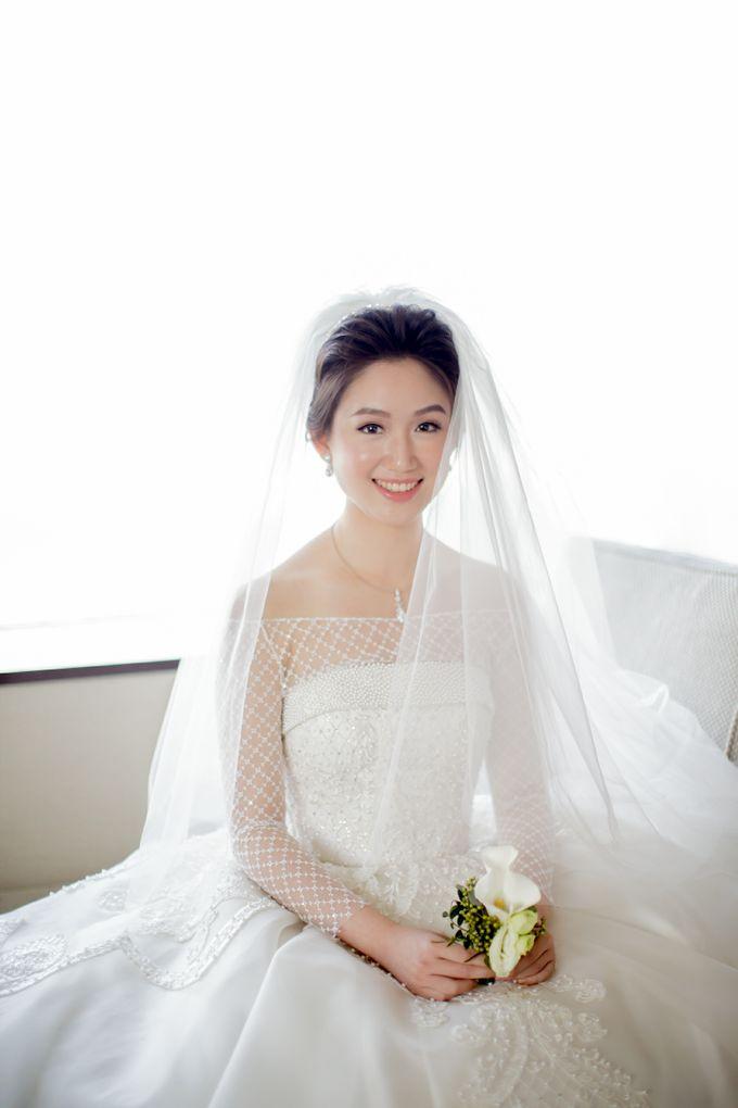 Grace Wedding. Natural & Korean Style Make Up by Marsia Yulia Signature. Natural and Korean Make Up Specialist. - 009