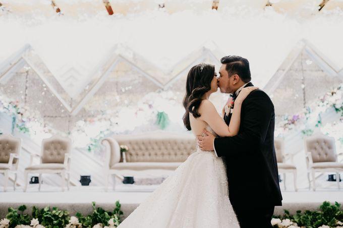 SATWIKO & ELISA - WEDDING DAY by Winworks - 033