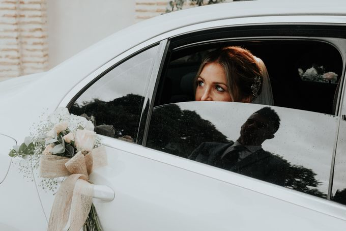 Nice Bride in the Car by WedFotoNet - 003