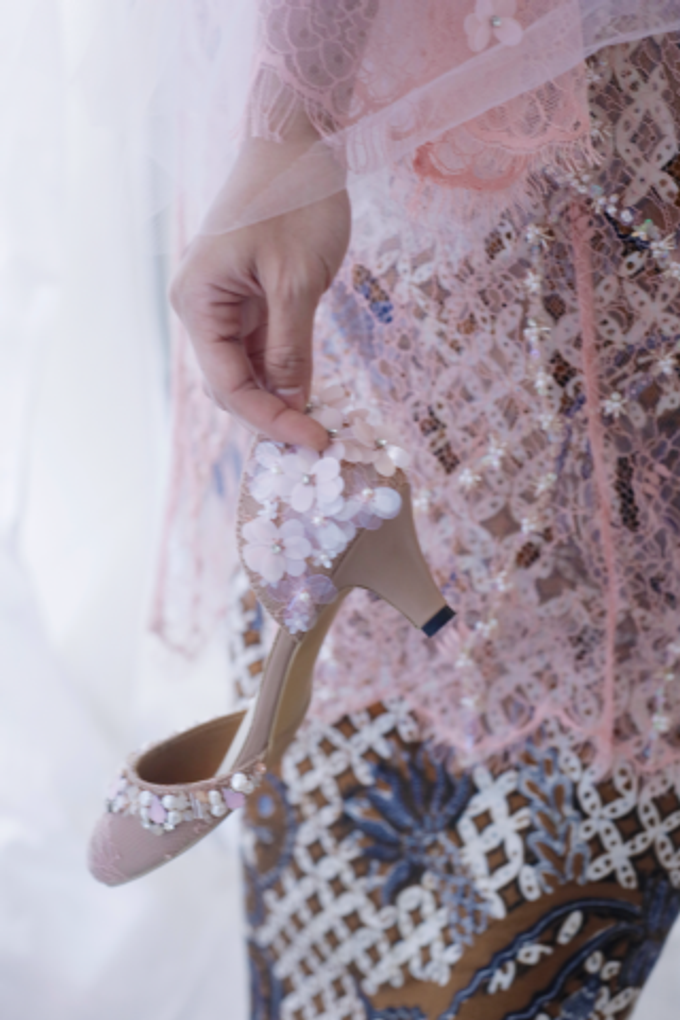 Couture wedding and party shoes by Boenga Bridal Couture - 001