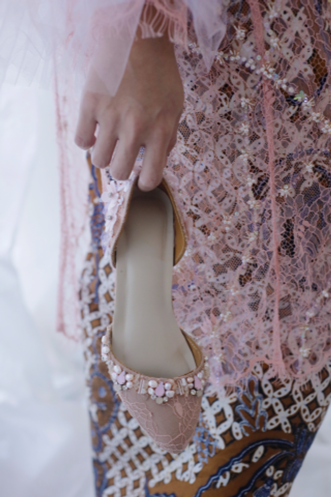 Couture wedding and party shoes by Boenga Bridal Couture - 003