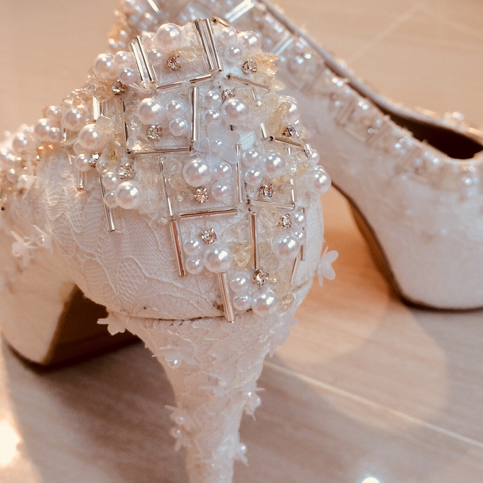 Couture wedding and party shoes by Boenga Bridal Couture - 006