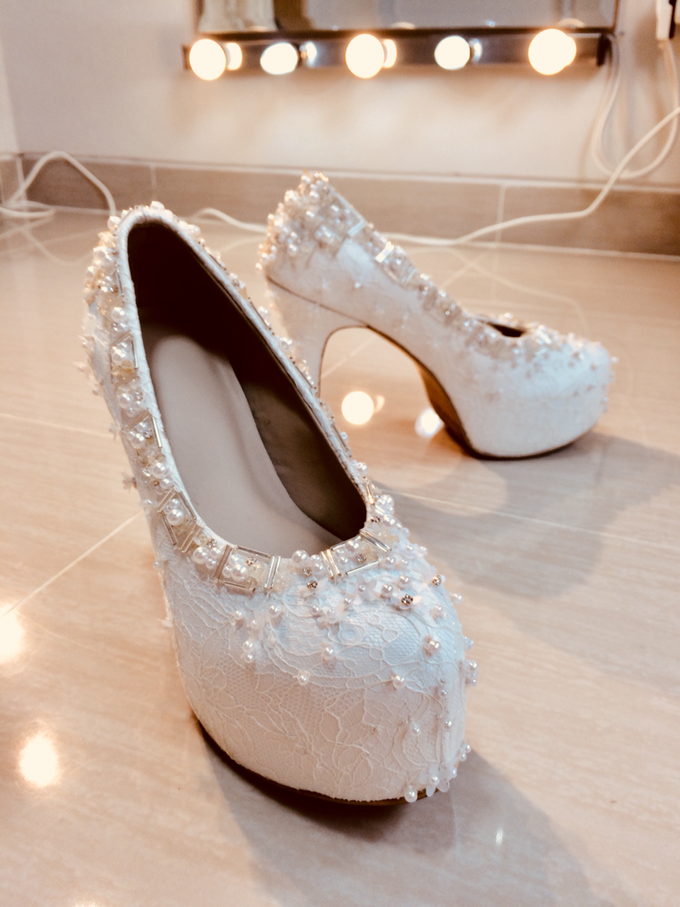 Couture wedding and party shoes by Boenga Bridal Couture - 007