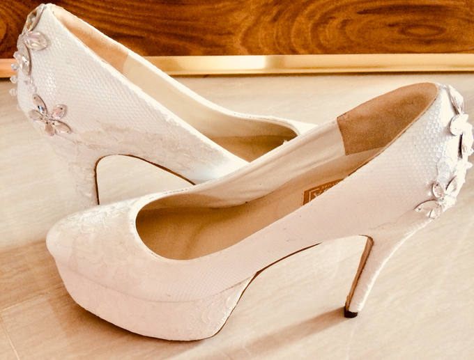 Couture wedding and party shoes by Boenga Bridal Couture - 012