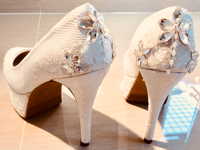 Couture wedding and party shoes by Boenga Bridal Couture - 011