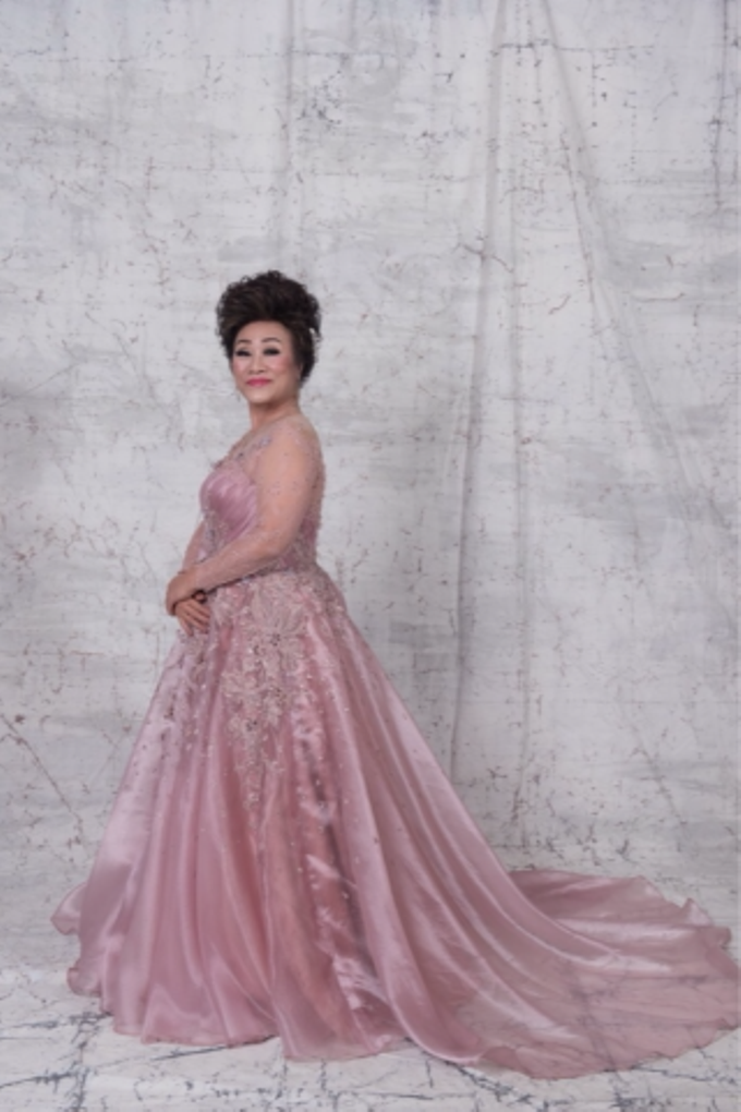 Groom and bride family-pastel colors gowns by Boenga Bridal Couture - 010