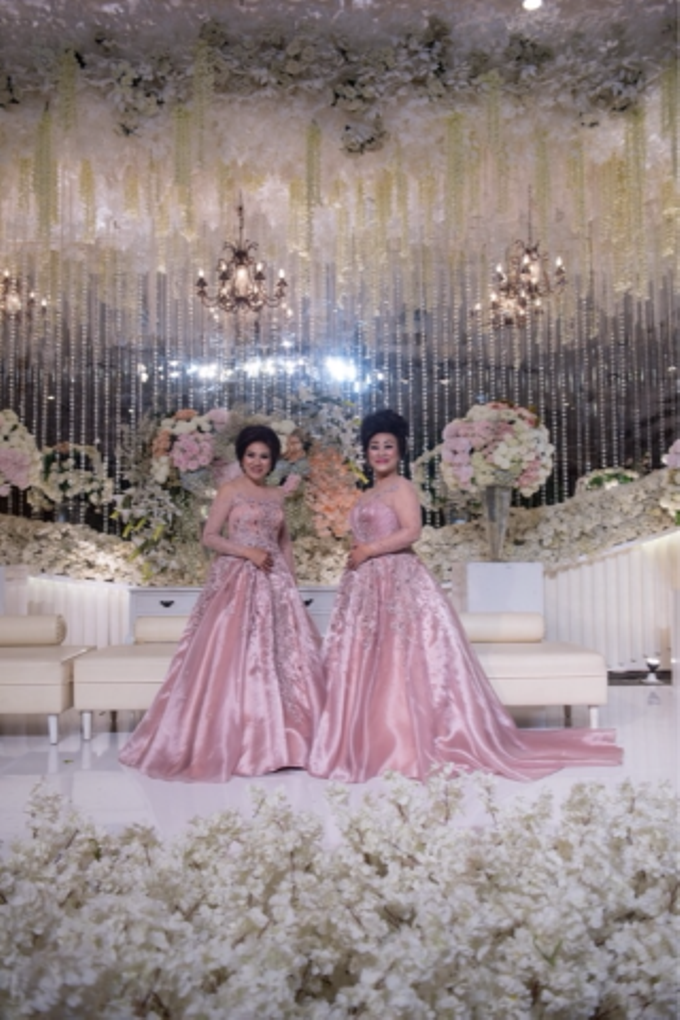 Groom and bride family-pastel colors gowns by Boenga Bridal Couture - 013