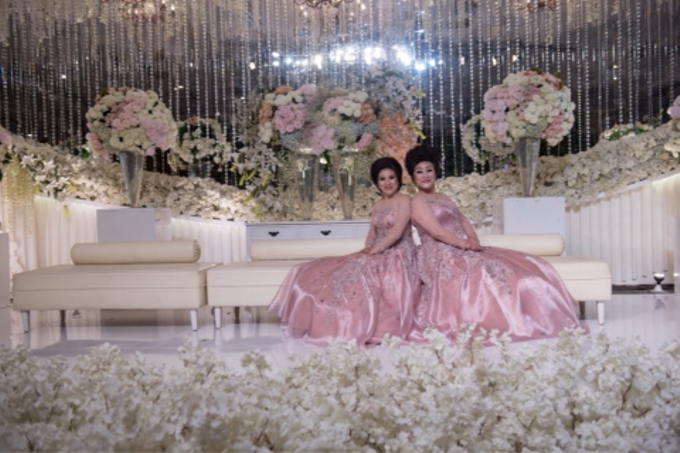 Groom and bride family-pastel colors gowns by Boenga Bridal Couture - 012