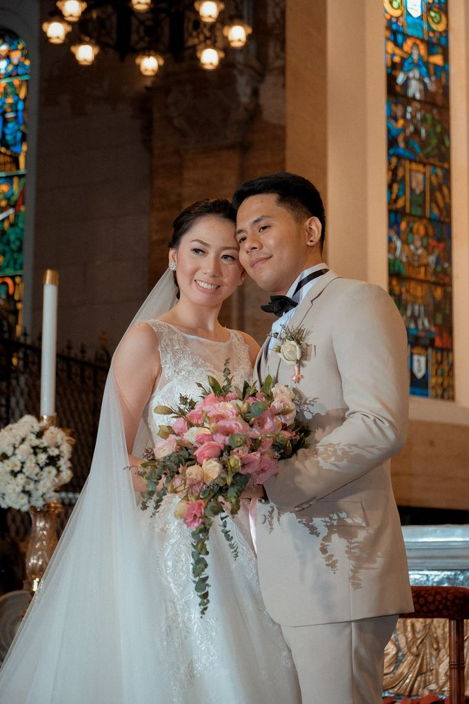 Charles & Czarina - Wedding by Bogs Ignacio Signature Gallery - 027
